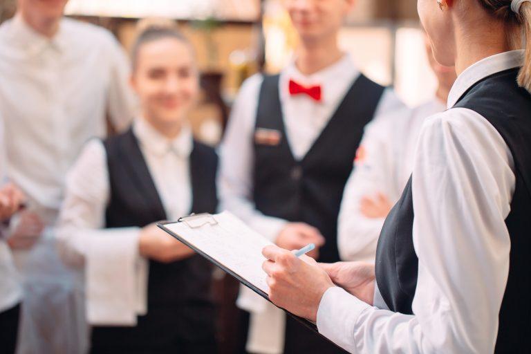 飲食店にブラックすぎる企業が多い4つの理由
